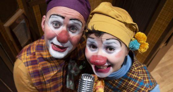 OJ, NU BLEV JAG LITE BLYG Clown